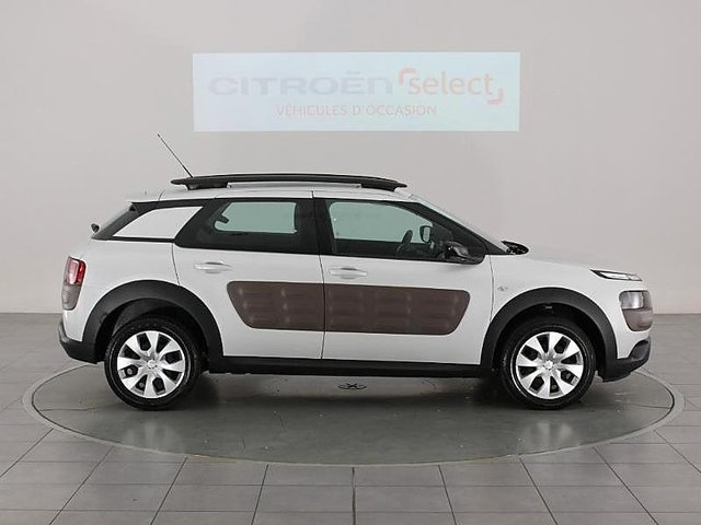 citroen c4 cactus puretech 82 feel occasion montmorillon 13 980. Black Bedroom Furniture Sets. Home Design Ideas