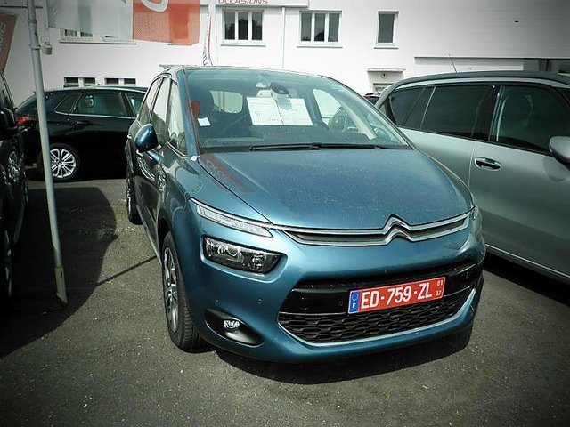 citroen c4 picasso bluehdi 120ch exclusive s s occasion montmorillon 21 990. Black Bedroom Furniture Sets. Home Design Ideas