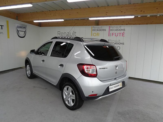 dacia sandero 1 5 dci 90ch eco stepway prestige occasion englos 10 290. Black Bedroom Furniture Sets. Home Design Ideas