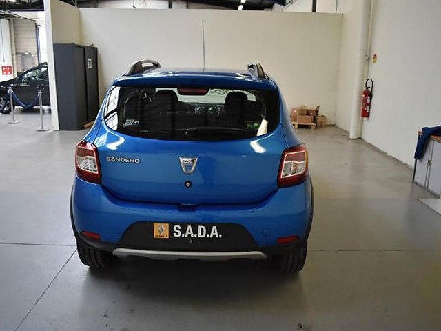 dacia sandero 1 5 dci 90 stepway ambiance eco occasion dunkerque 9 990. Black Bedroom Furniture Sets. Home Design Ideas
