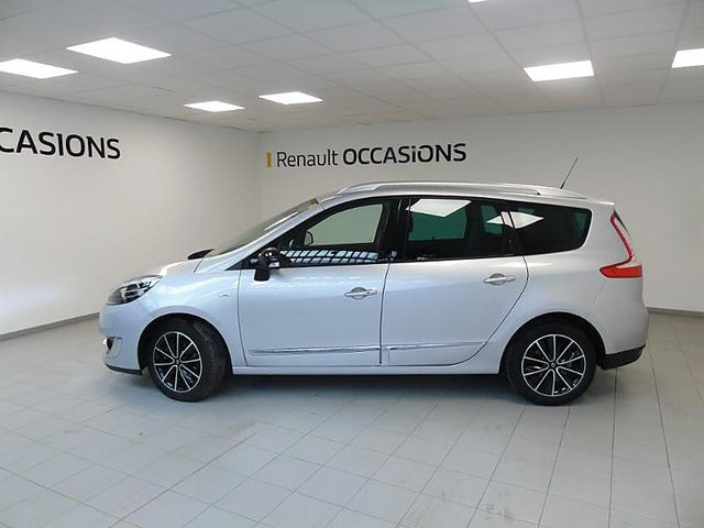renault grand scenic 1 5 dci 110ch energy bose eco 5 places occasion troyes 13 900. Black Bedroom Furniture Sets. Home Design Ideas