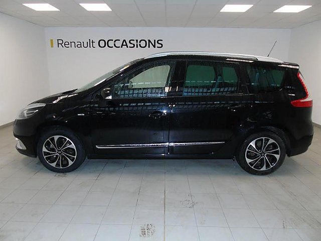 renault grand scenic 1 6 dci 130ch energy bose eco 7 places 2015 occasion troyes 16 900. Black Bedroom Furniture Sets. Home Design Ideas