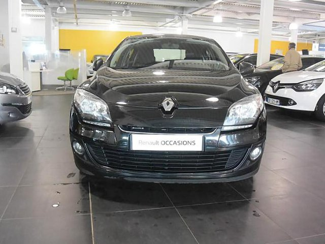 renault megane 1 4 tce 130ch dynamique occasion villemomble 10 990. Black Bedroom Furniture Sets. Home Design Ideas