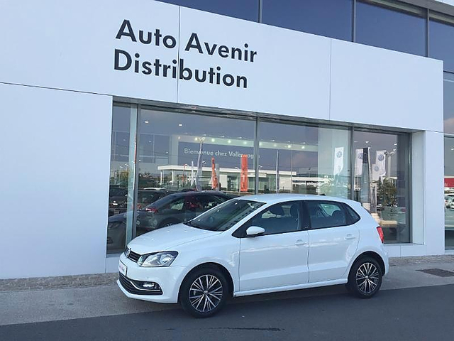 volkswagen polo 1 4 tdi 90ch bluemotion technology allstar dsg7 5p occasion reims 15 900. Black Bedroom Furniture Sets. Home Design Ideas