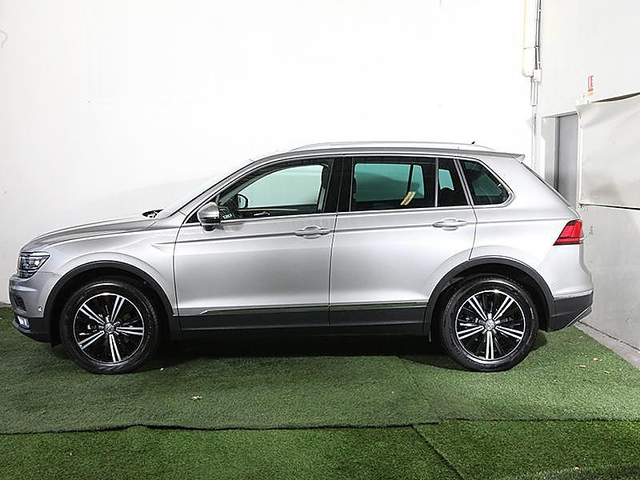 volkswagen tiguan 2 0 tdi 150ch bluemotion technology. Black Bedroom Furniture Sets. Home Design Ideas