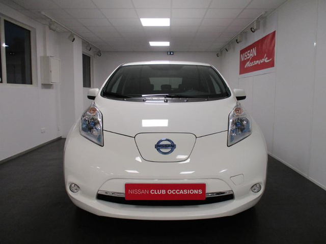 occasion nissan leaf h rouville saint clair caen 14 32591 km en vente 12 990 annonce n 30412. Black Bedroom Furniture Sets. Home Design Ideas
