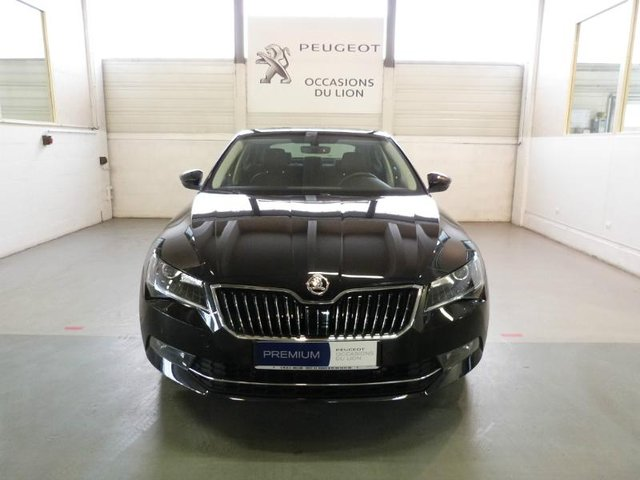 occasion skoda superb meaux 77 13150 km en vente 29 900. Black Bedroom Furniture Sets. Home Design Ideas