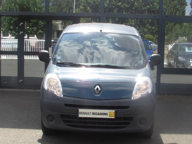 occasion renault kangoo chartres 28 103654 km en vente 6 990 annonce n 19926. Black Bedroom Furniture Sets. Home Design Ideas