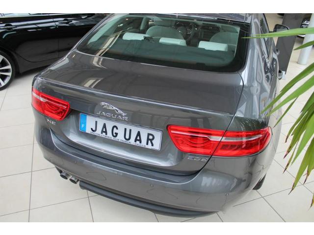 jaguar xe occasion 2 0d 180ch portfolio bva8 metz hes9 xe180portamo. Black Bedroom Furniture Sets. Home Design Ideas