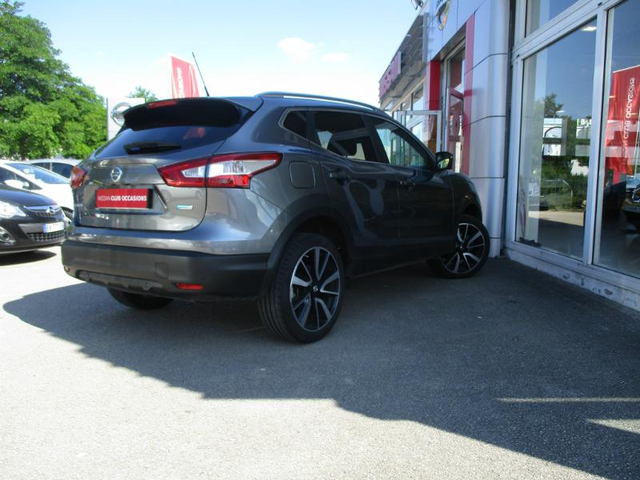 voiture nissan qashqai occasion 1 5 dci 110ch tekna dijon. Black Bedroom Furniture Sets. Home Design Ideas
