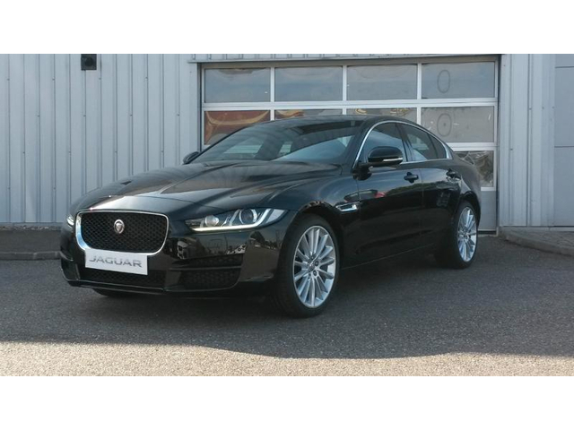 jaguar xe occasion 2 0d 180ch portfolio bva strasbourg. Black Bedroom Furniture Sets. Home Design Ideas